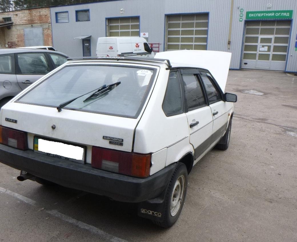 Виявлення автомобіля «ВАЗ-21091» зі знищеним номером двигуна
